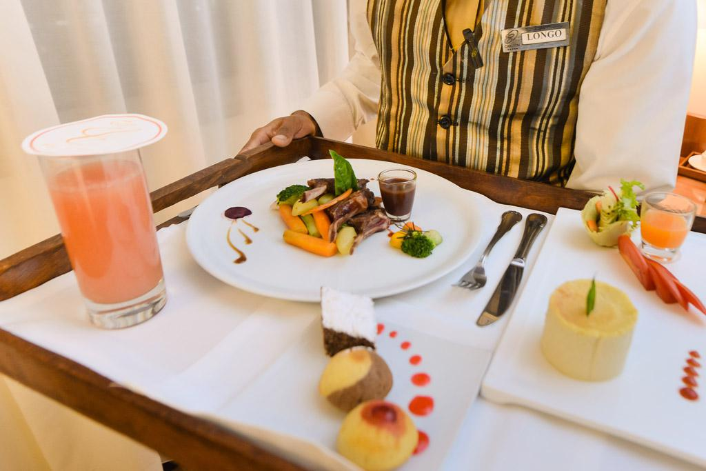 Plateau repas / room service Hotel Carlton